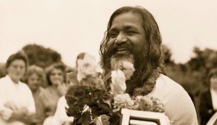 Махариши Махеш Йоги: жизнь и учение