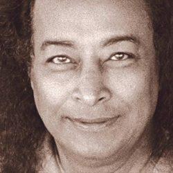 Йогананда Парамаханса: жизнь и учение.
