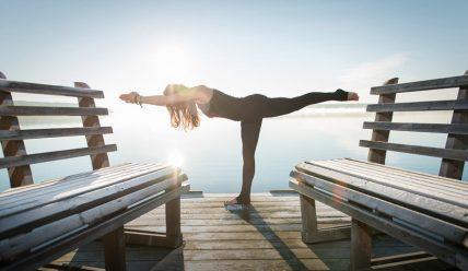 5 простых асан йоги для начинающих