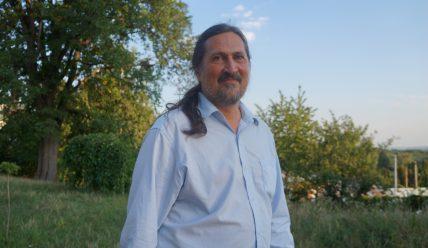 Поняття хибної релігії з позиції релігієзнавця (інтерв'ю з дослідником релігій Миколаєм Карпіцьким).