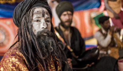 Агхорі – індуїстська аскетична релігійна секта.