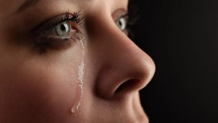 Плач (притча)